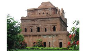 raja-palace.jpg