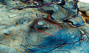 """Utilizando imágenes aéreas avanzadas y técnicas de teledetección de última generación, los investigadores pudieron descubrir bases romanas """"ocultas"""" durante mucho tiempo debajo de los suelos del norte de España."""