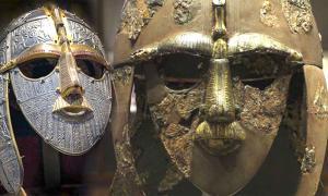 La película Sutton Hoo, que contará la historia del famoso tesoro anglosajón, saldrá pronto en Netflix. Derecha: una réplica del casco Sutton Hoo producido para el Museo Británico por Royal Armouries. (CC BY-SA 2.5). Izquierda: el casco original de Sutton Hoo. (CC BY-SA 2.0)