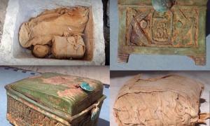 Se encontraron varios paquetes envueltos en lienzo de lino (arriba a la izquierda y abajo a la derecha) dentro del cofre. Un paquete contenía una caja de madera (abajo a la izquierda y arriba a la derecha), que es evidencia de que la tumba perdida de Thutmose II está cerca. Fuente: Andrzej Niwiński / Instituto de Arqueología de la Universidad de Varsovia