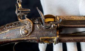 Mosquetón de chispa de Tipu Sultan dañado por la batalla encontrado en un ático en Inglaterra.
