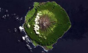 Isla Tristan De Acuña, Océano Atlántico Sur