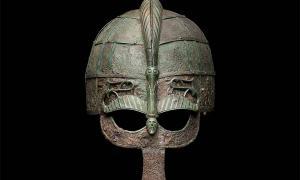 Los cascos son posiblemente los ajuares funerarios más impresionantes encontrados en los cementerios del período Vendel, en consecuencia, se les ha denominado cascos Vendel.