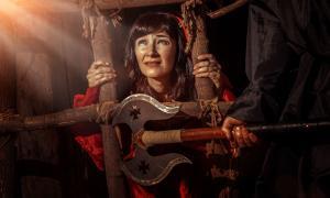 """Prisión de brujas en brujas conocida como """"La jaula"""". Fuente: diter / Adobe Stock."""