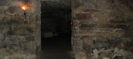 Portada-Las húmedas, oscuras y lúgubres cámaras y túneles de las Catacumbas de Edimburgo. (CC BY-ND 2.0)