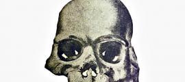 Portada - El Cráneo de Calaveras, del estudio preliminar de William Henry Holmes. (Dominio público)