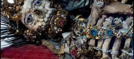 Esqueleto enjoyado. (historiesofthingstocome.blogspot.com)
