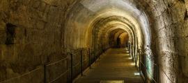 Portada - Túnel de los Templarios (olegmayorov/Adobe Stock)