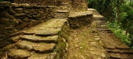Portada - Caminos y escaleras de piedra en Ciudad Perdida, Colombia (CC BY-SA 3.0)