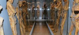 Portada - Varias momias del Museo de las Momias de Guanajuato, México. Fotografía: Russ Bowling/ CC BY 2.0