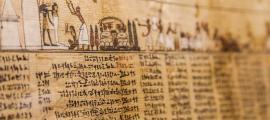 Varios métodos de prueba revelaron la tinta previamente invisible en el papiro Elephantine. Fuente: Helmholtz-Zentrum Berlin