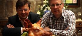 Andy Hook del restaurante Blackfriars en Newcastle ha unido fuerzas con Giles Gaspar del Instituto de Estudios Medievales y Modernos Tempranos de la Universidad de Durham, junto con un grupo de académicos y chefs, para crear una serie de cursos con el objetivo de enseñar a los estudiantes sobre la comida medieval. Fuente: Eat Medieval