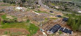 el enorme asentamiento del período neolítico que se descubrió en las excavaciones arqueológicas en la intersección de Motza, cerca de Jerusalén. Fuente: Eyal Marco / Autoridad de Antigüedades de Israel.