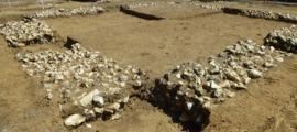 El templo romano celta, llamado Templo Watling, será trasladado del sitio de construcción y reconstruido en el pueblo. Fuente: Newington History Group / Facebook .