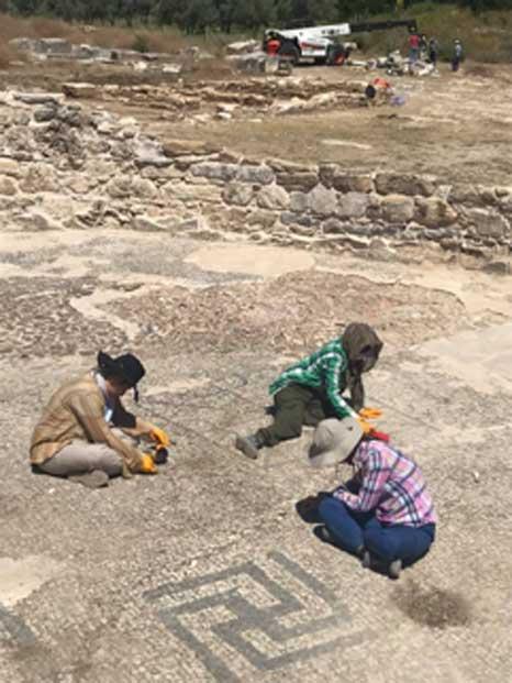 El equipo ha revelado mosaicos en el santuario de Lagina Hécate. (Bilal Sogut / Facebook)